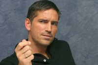James Caviezel picture G617160
