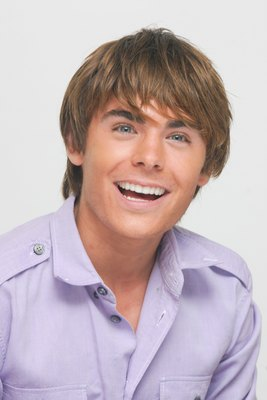 Zac Efron poster G617688