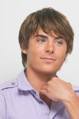 Zac Efron poster G617696