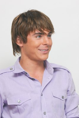 Zac Efron poster G617697