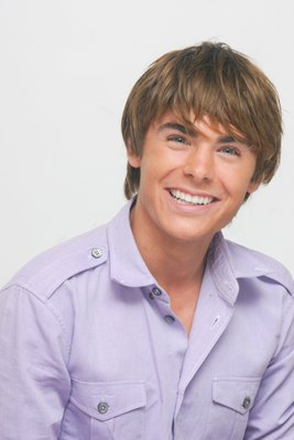 Zac Efron poster G617698