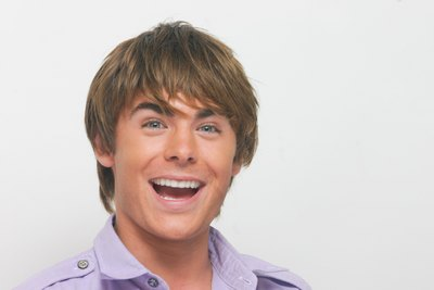 Zac Efron poster G617699