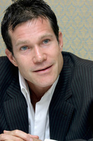 Dylan Walsh picture G623539
