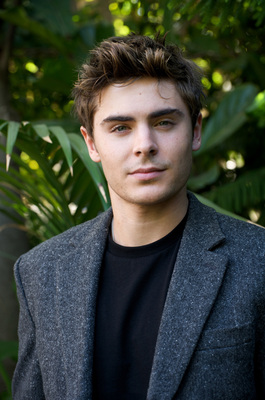 Zac Efron poster G628786