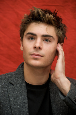 Zac Efron poster G628787