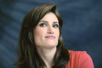 Idina Menzel picture G630603