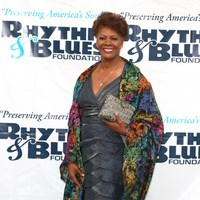 Dionne Warwick picture G632720