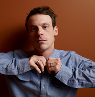 Scoot McNairy picture G633208