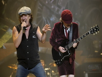 Angus Young picture G633271
