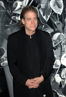 Richard Lewis picture G634593