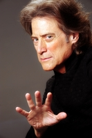 Richard Lewis picture G634595