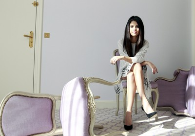 Selena Gomez poster G637135