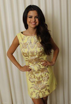 Selena Gomez poster G637139