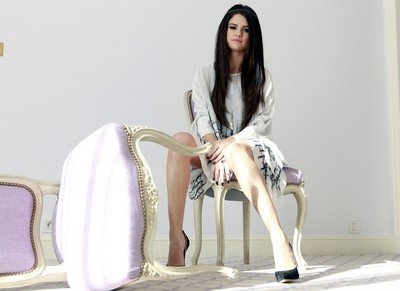 Selena Gomez poster G637150