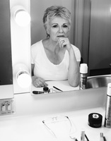 Julie Walters picture G638300
