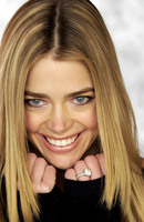 Denise Richards picture G638428