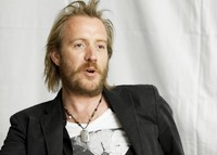 Rhys Ifans picture G639542