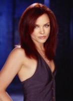 Dina Meyer picture G64656