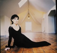 Enya picture G64749