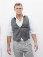 Alan Ritchson picture G656446