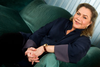 Kathleen Turner picture G658918