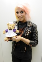 Amelia Lily picture G661542