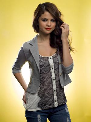 Selena Gomez poster G661636