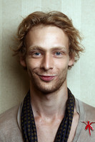 Johnny Lewis picture G662407
