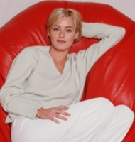 Louise Lombard picture G249951