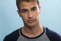 Theo James picture G670173