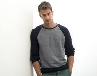 Theo James picture G670179