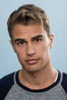 Theo James picture G670180
