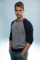 Theo James picture G670182