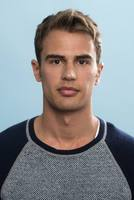 Theo James picture G670184