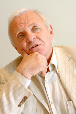 Anthony Hopkins poster G672281