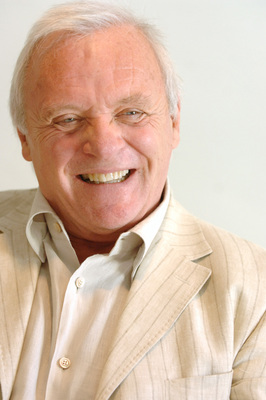 Anthony Hopkins poster G672282