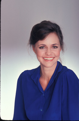 Sally Field poster G672295
