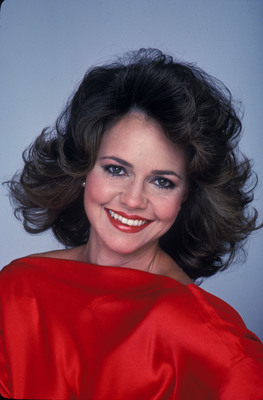 Sally Field poster G672301