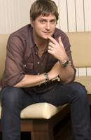 Rob Thomas picture G673004