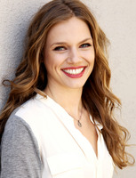 Tracy Spiridakos picture G675128