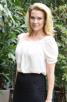 Laurie Holden picture G675201