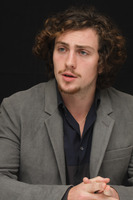 Aaron Johnson picture G678701