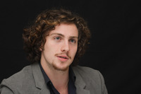 Aaron Johnson picture G678703
