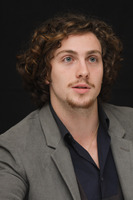 Aaron Johnson picture G678705