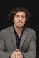 Aaron Johnson picture G678708