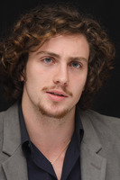 Aaron Johnson picture G678712
