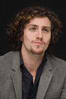 Aaron Johnson picture G678714
