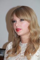 Taylor Swift picture G681192