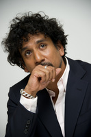 Naveen Andrews picture G682032