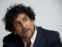 Naveen Andrews picture G682035